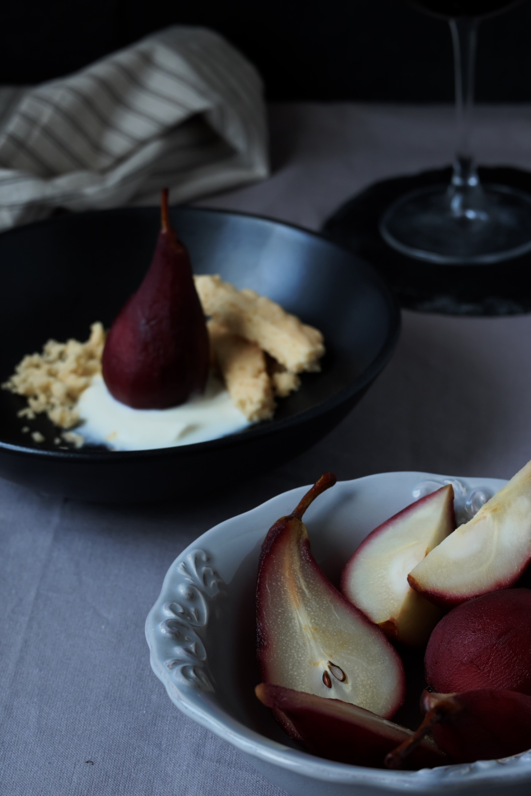 poached_pears_pear_scene3