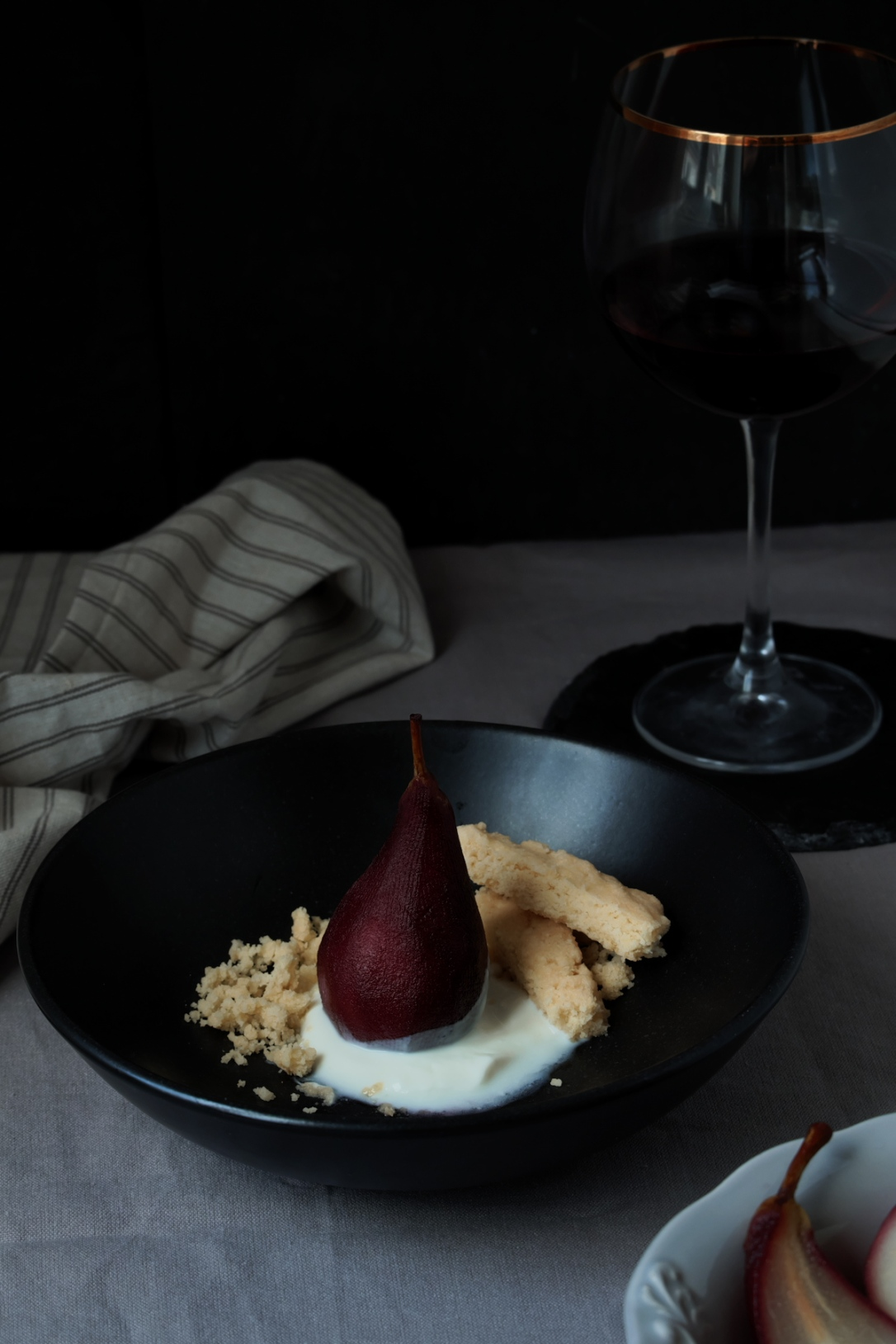 poached_pears_pear_scene4