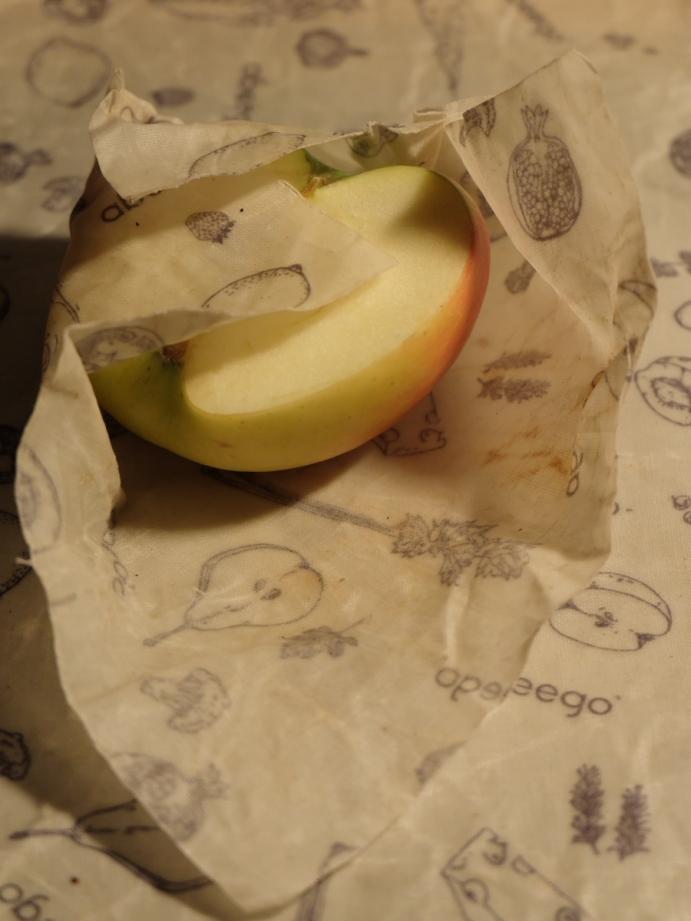 Apfel auf abeego tuch